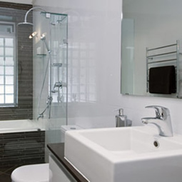 Sleek & sophisticated bathroom design and renovation